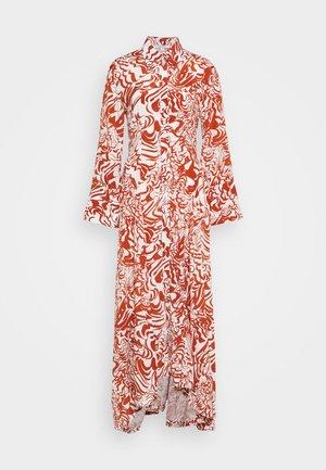 VALERIA - Skjortklänning - orange