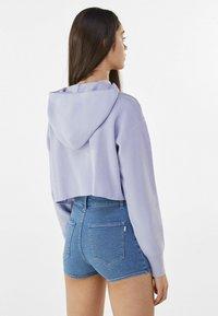 Bershka - Denim shorts - blue denim - 2