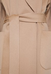FTC Cashmere - Classic coat - almond - 2