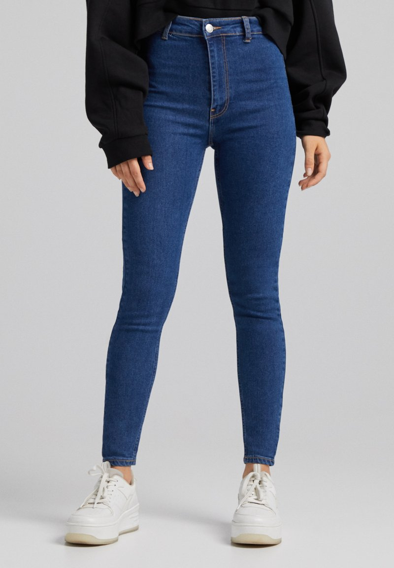 Bershka - SUPER HIGH WAIST - Slim fit jeans - dark blue