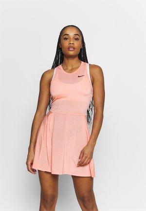 DRESS - Robe de sport - crimson bliss