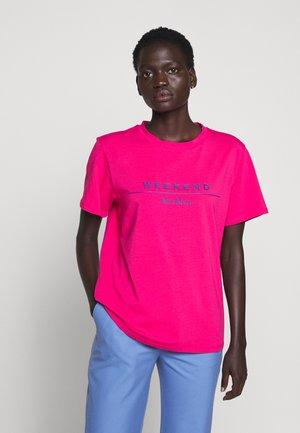 KABUKI - Print T-shirt - pink