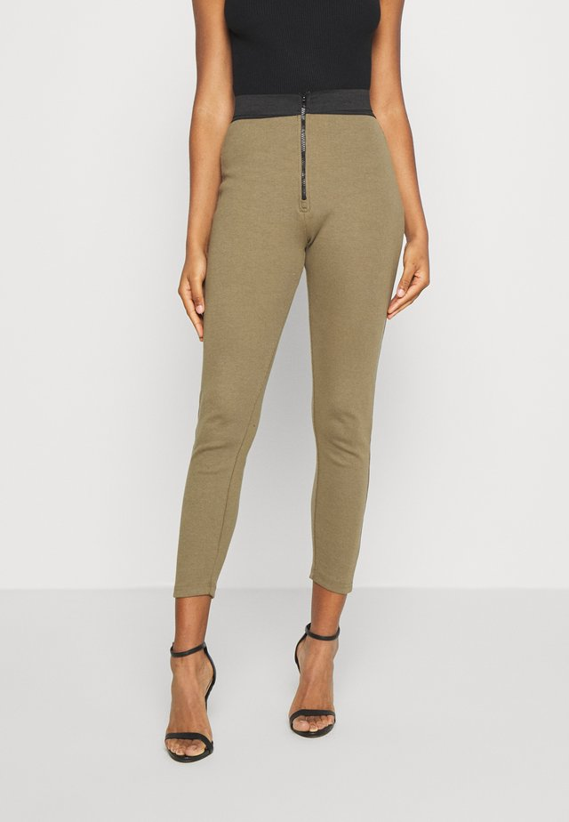 DOUBLE WAISTBAND ZIP  - Leggings - Trousers - khaki
