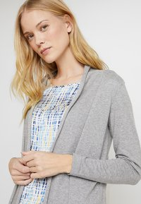 Zalando Essentials - Cardigan - grey - 3