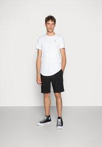 Hollister Co. - 3 PACK - Basic T-shirt - white/ grey /black - 0