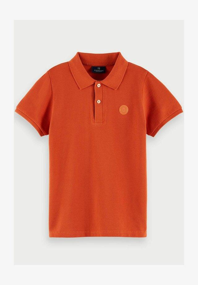 TONAL CHEST ARTWORK - Poloshirt - burned amber