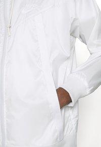 Nike Sportswear - Summer jacket - photon dust/summit white - 3