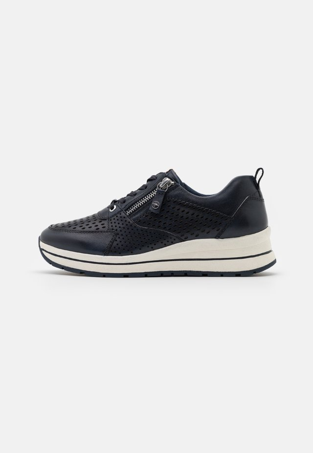 LACE-UP - Baskets basses - navy
