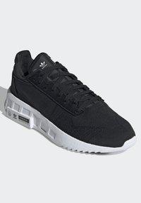 adidas Originals - GEODIVER - Trainers - core black/core black/ftwr white - 2