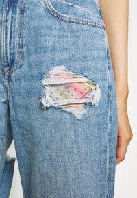 American Eagle - MOM PRIDE - Straight leg jeans - sapphire mist - 5