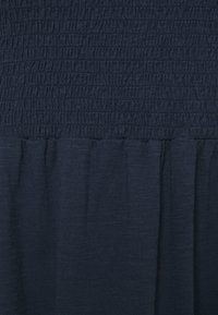Vero Moda Curve - VMALINA ANKLE SMOCK DRESS  - Maxi dress - navy blazer - 2