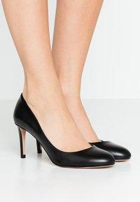 HUGO - ALLISON  - Classic heels - black - 0