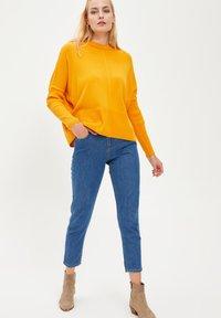 DeFacto - Jumper - yellow - 1