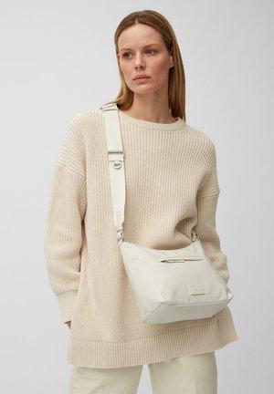AZURA - Across body bag - chalk white