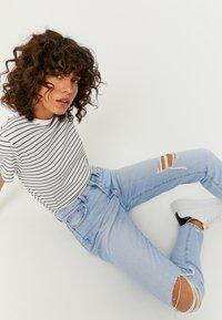 TALLY WEiJL - Slim fit jeans - bleached denim - 3