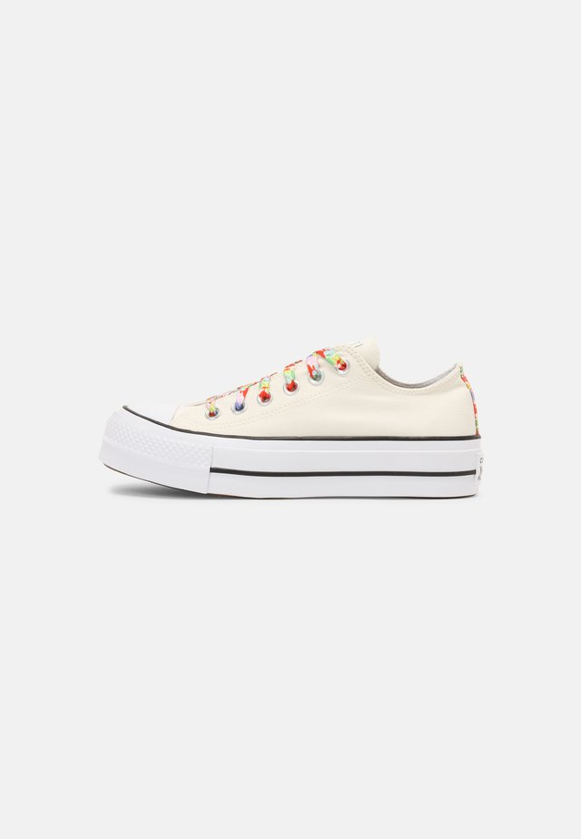 CHUCK TAYLOR ALL STAR GARDEN PARTY PLATFORM - Sneakers basse - egret/white/bright poppy