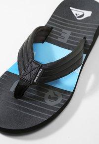 Quiksilver - CARVER PRINT - Pool shoes - black/black/blue - 5
