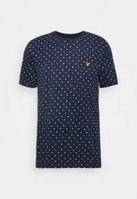 Lyle & Scott - FLAG - Print T-shirt - navy - 4