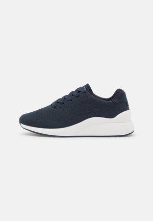 VMAMANDA  - Sneakers basse - navy blazer