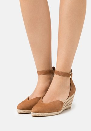 Wedges - muscat
