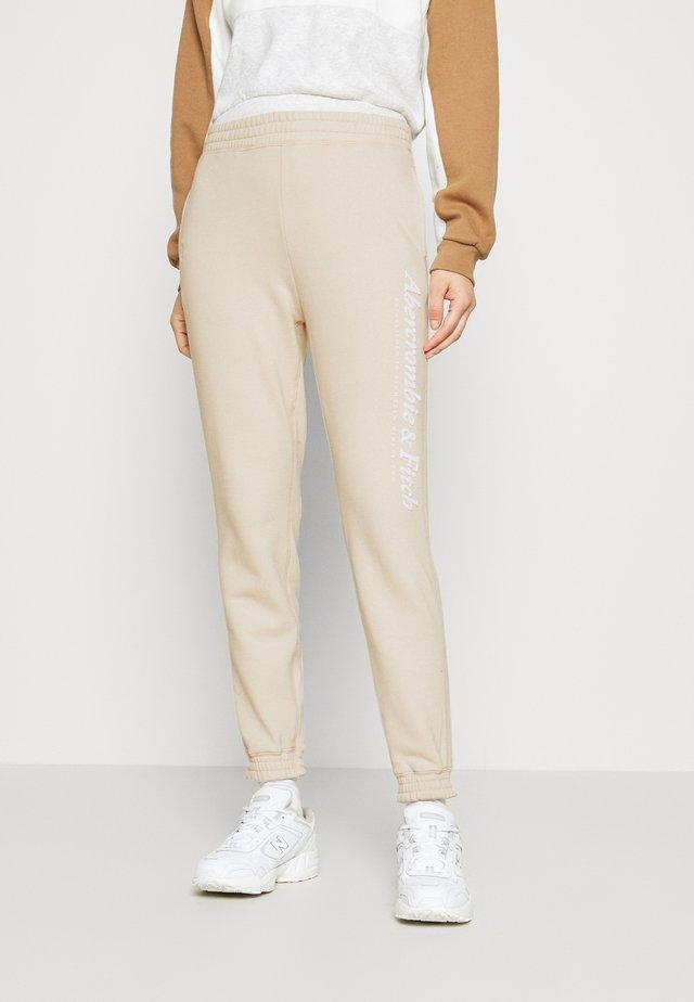 GARAMOND LOGO CLASSIC - Teplákové kalhoty - cream