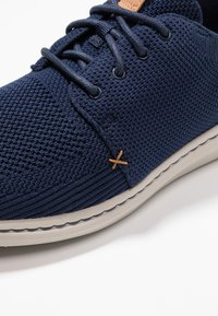 Clarks - STEP URBAN MIX - Sneakers laag - navy - 5