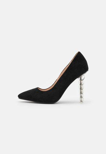 OAKLEE - Classic heels - black
