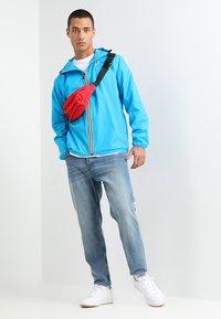 K-Way - LE VRAI CLAUDE UNISEX - Summer jacket - blue - 1