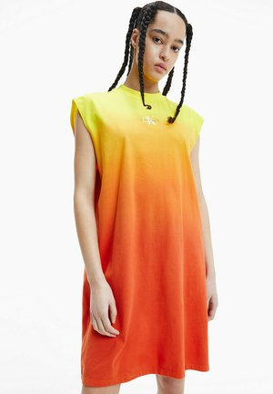 MUSCLE  - Jersey dress - gradient bright sunshine