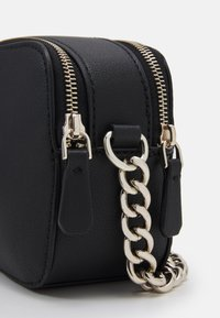 Guess - NOELLE CROSSBODY CAMERA - Across body bag - black - 3