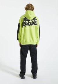 PULL&BEAR - Hoodie - light green - 2