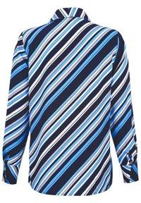 Laura Kent - Button-down blouse - marinebla weiß - 3