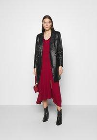 Banana Republic - VNECK COZY - Jumper dress - mulled cranberry - 1