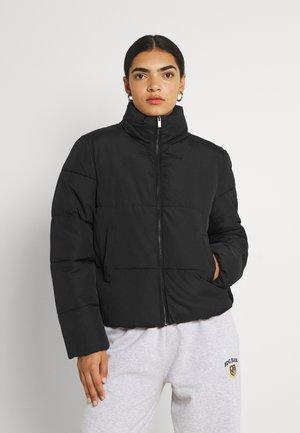 VIKARLA SHORT PUFFER JACKET - Winter jacket - black solid