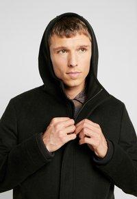 Goosecraft - CARDER COAT - Zimní kabát - black/olive - 3
