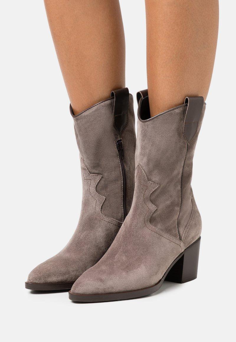 Maripé - Cowboy/Biker boots - taupe