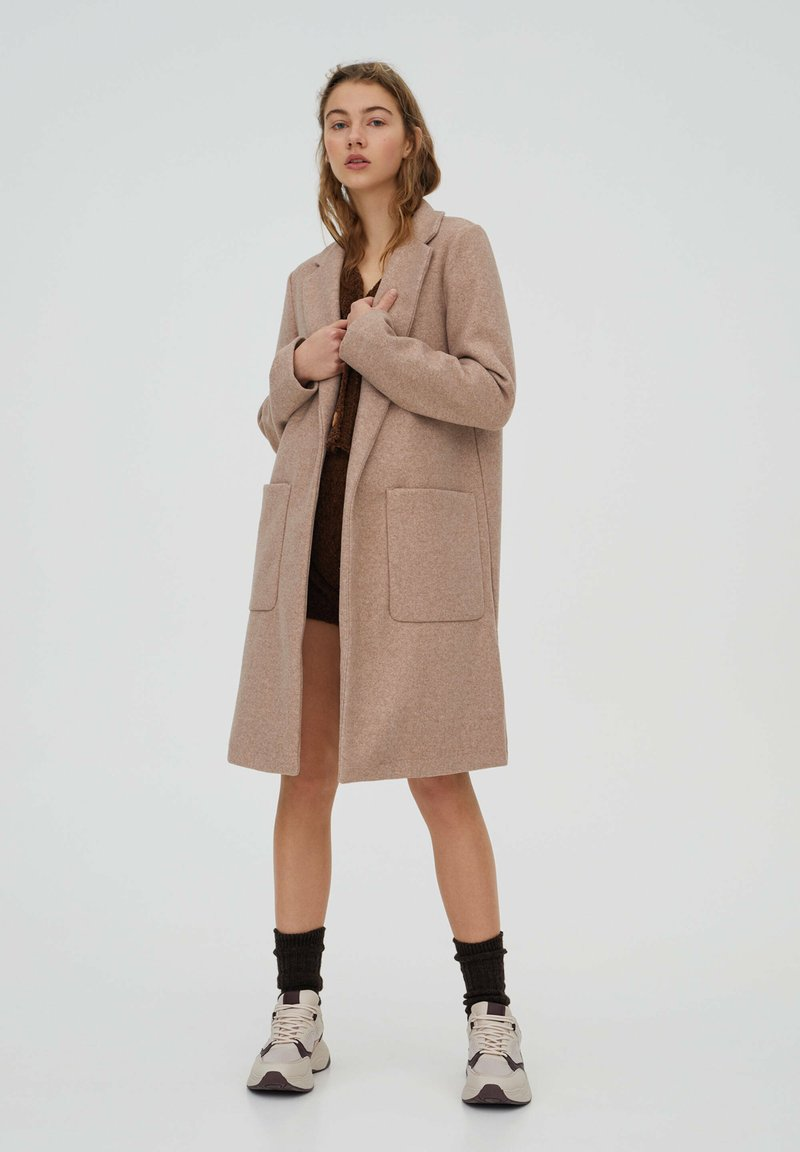 PULL&BEAR - Klasický kabát - rose gold