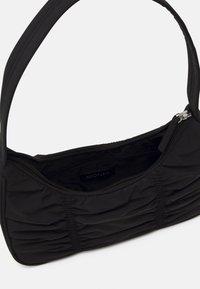 Monki - TANYA BAG - Håndveske - black dark - 2
