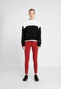 Champion - Sweatshirt - black/white - 1