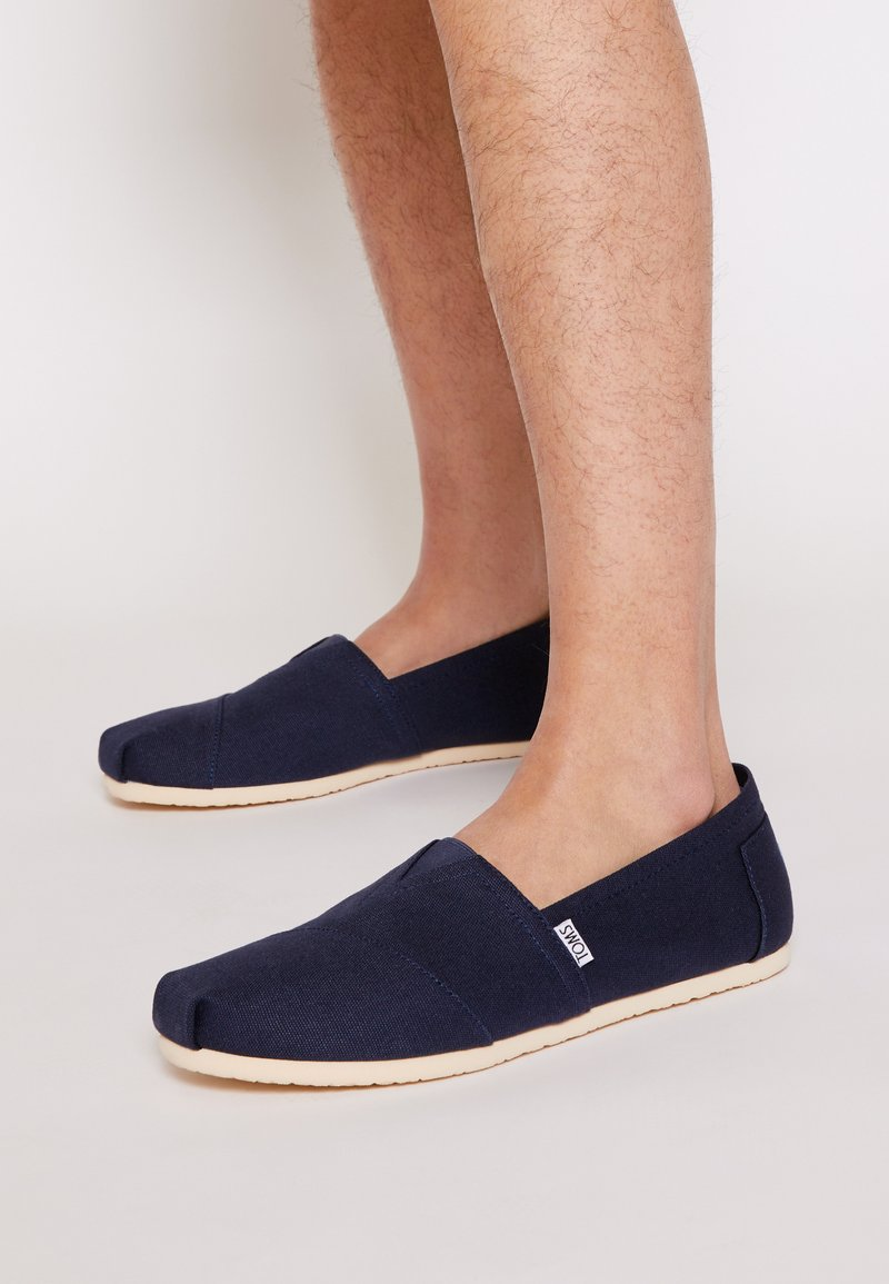 TOMS - Nazouvací boty - navy