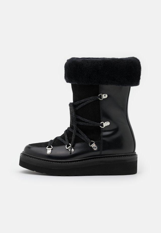 CAMILLE - Botas para la nieve - black