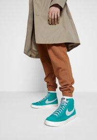 Nike Sportswear - BLAZER MID '77 UNISEX - High-top trainers - neptune green/pure platinum/sail - 0
