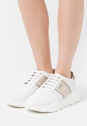 CORTINA LISTA HANNA  - Sneakers laag - beige