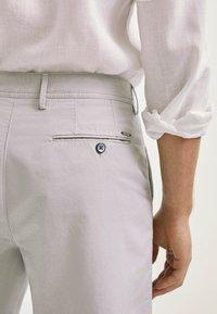 Massimo Dutti - Shorts - grey - 4