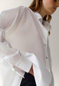 Massimo Dutti - POPELIN - Button-down blouse - white - 1