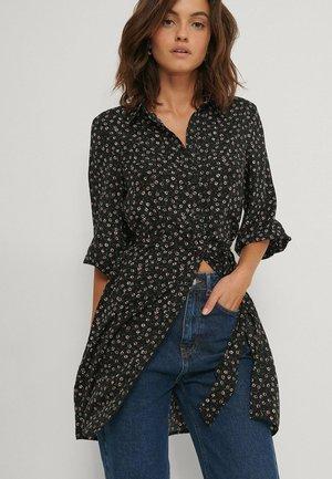 Robe chemise - black flower
