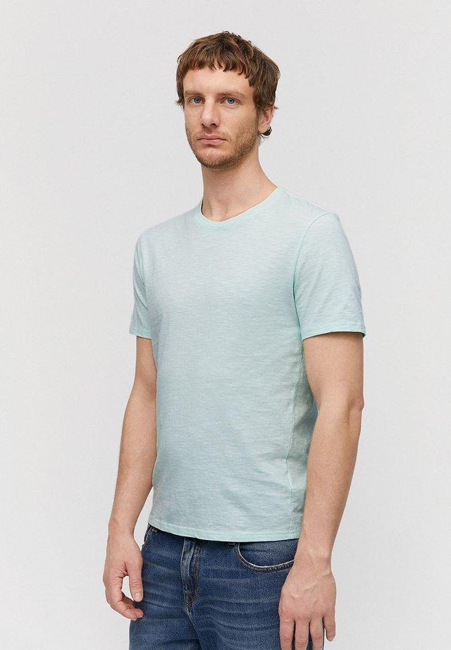 AAIK - Basic T-shirt - washed mint green