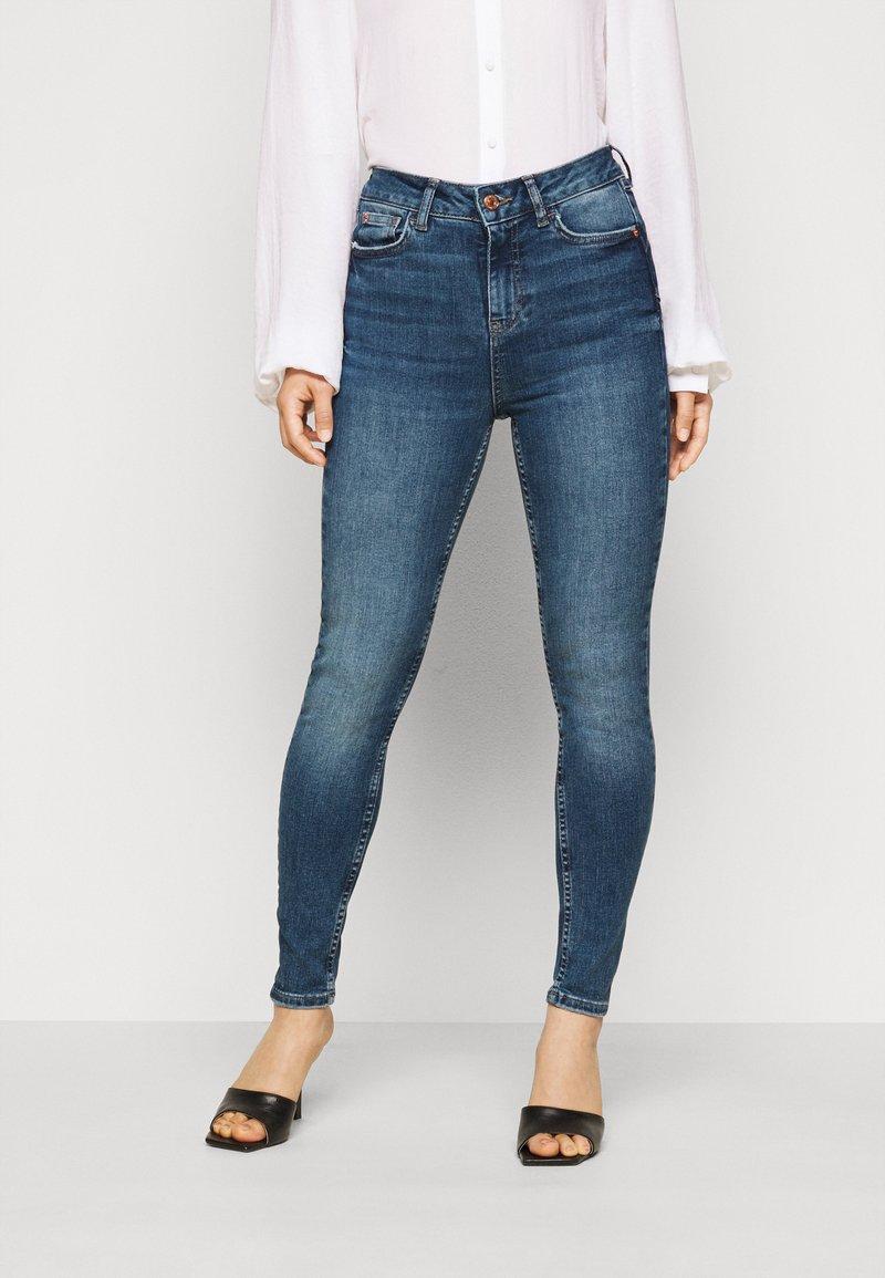 New Look Petite - LIFT - Skinny džíny - mid blue
