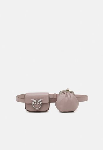 LOVE BERRY BUBBLES BELT