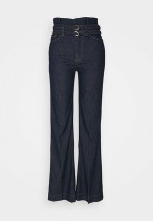 PAPERBAG MODERN DOJO LEFHANREL - Flared Jeans - dark blue